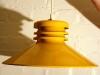 Keltainen valaisin