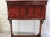 Vanha ompelupöytä