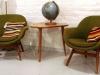 1950-l nojatuolit ja pöytä